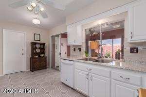 13694 N NEWCASTLE Drive, Sun City, AZ 85351
