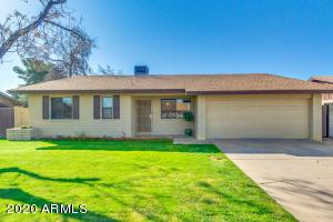 821 E GARNET Avenue, Mesa, AZ 85204