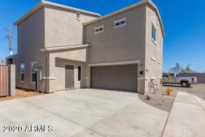 1034 E Odeum Lane, Phoenix, AZ 85040