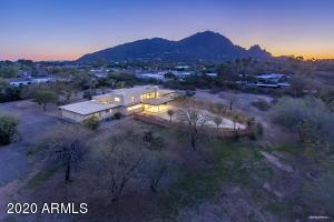 5738 N CASA BLANCA Drive, Paradise Valley, AZ 85253