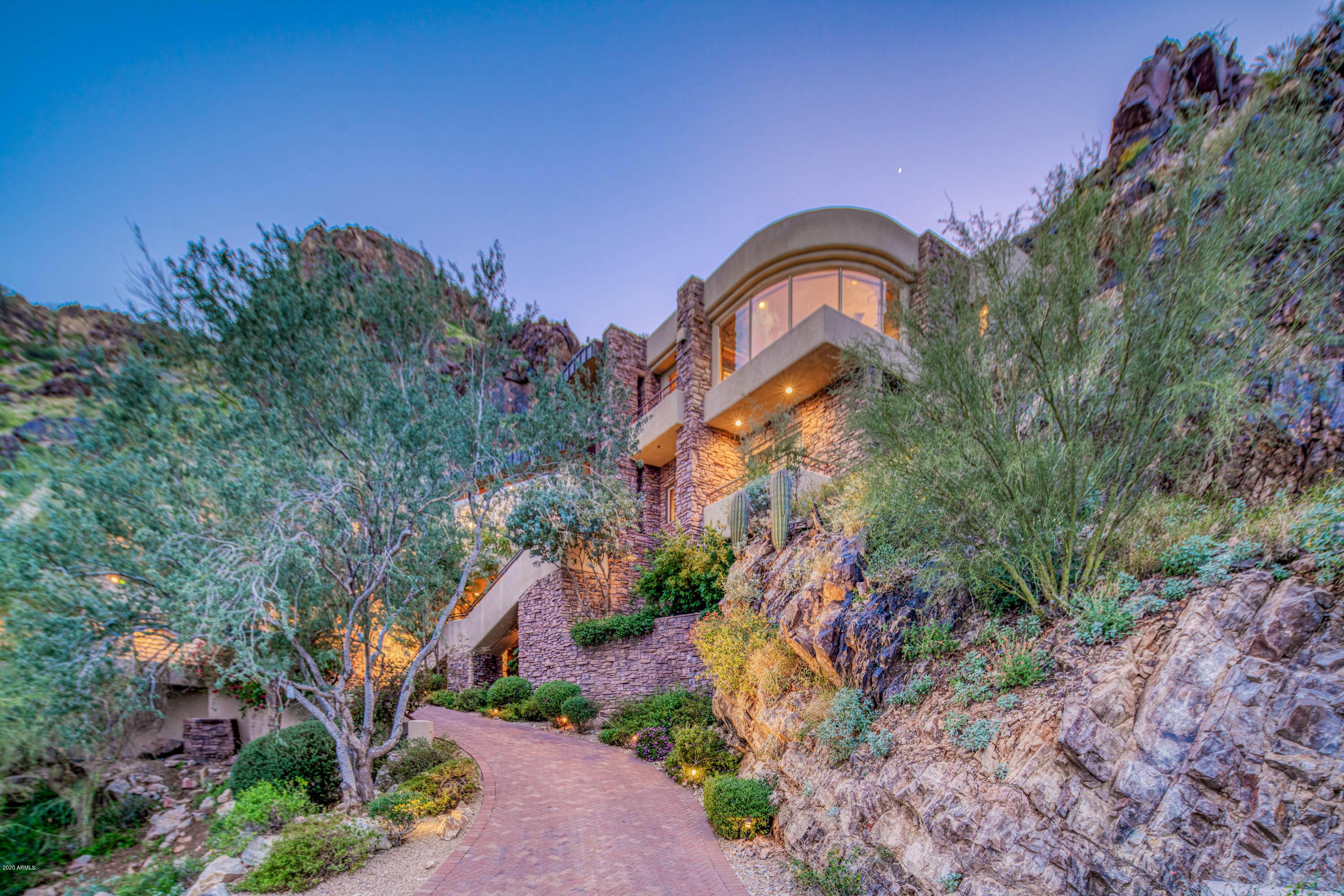 Photo of 5676 E CHENEY Drive, Paradise Valley, AZ 85253