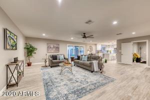 3311 N 34TH Street, Phoenix, AZ 85018