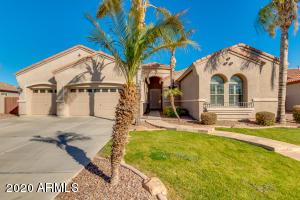 6535 S BELL Court, Chandler, AZ 85249
