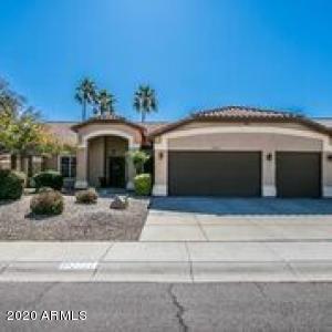 2721 E VISTA Drive, Phoenix, AZ 85032