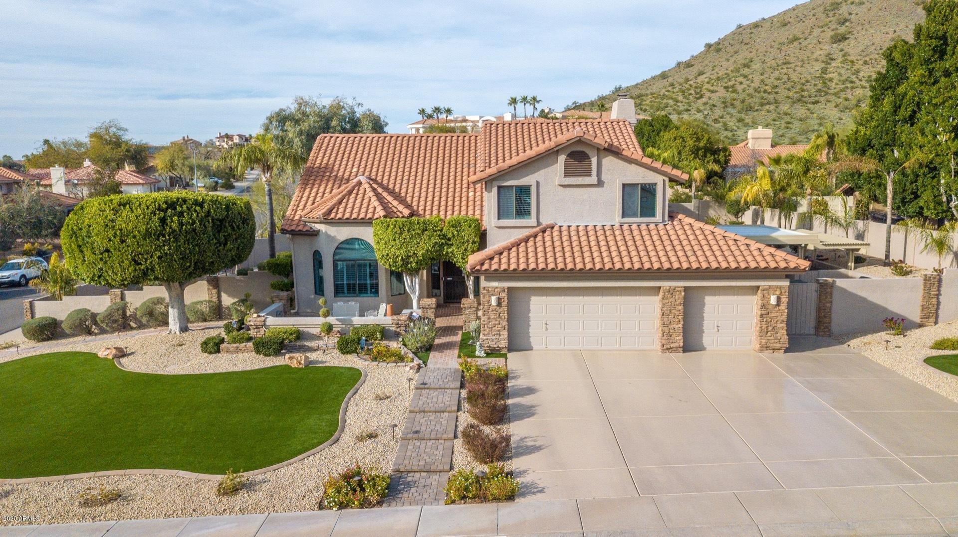 Photo of 1202 E SEMINOLE Drive, Phoenix, AZ 85022