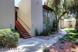 4201 E CAMELBACK Road, 35, Phoenix, AZ 85018