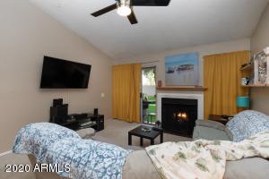 930 S DOBSON Road, 77, Mesa, AZ 85202