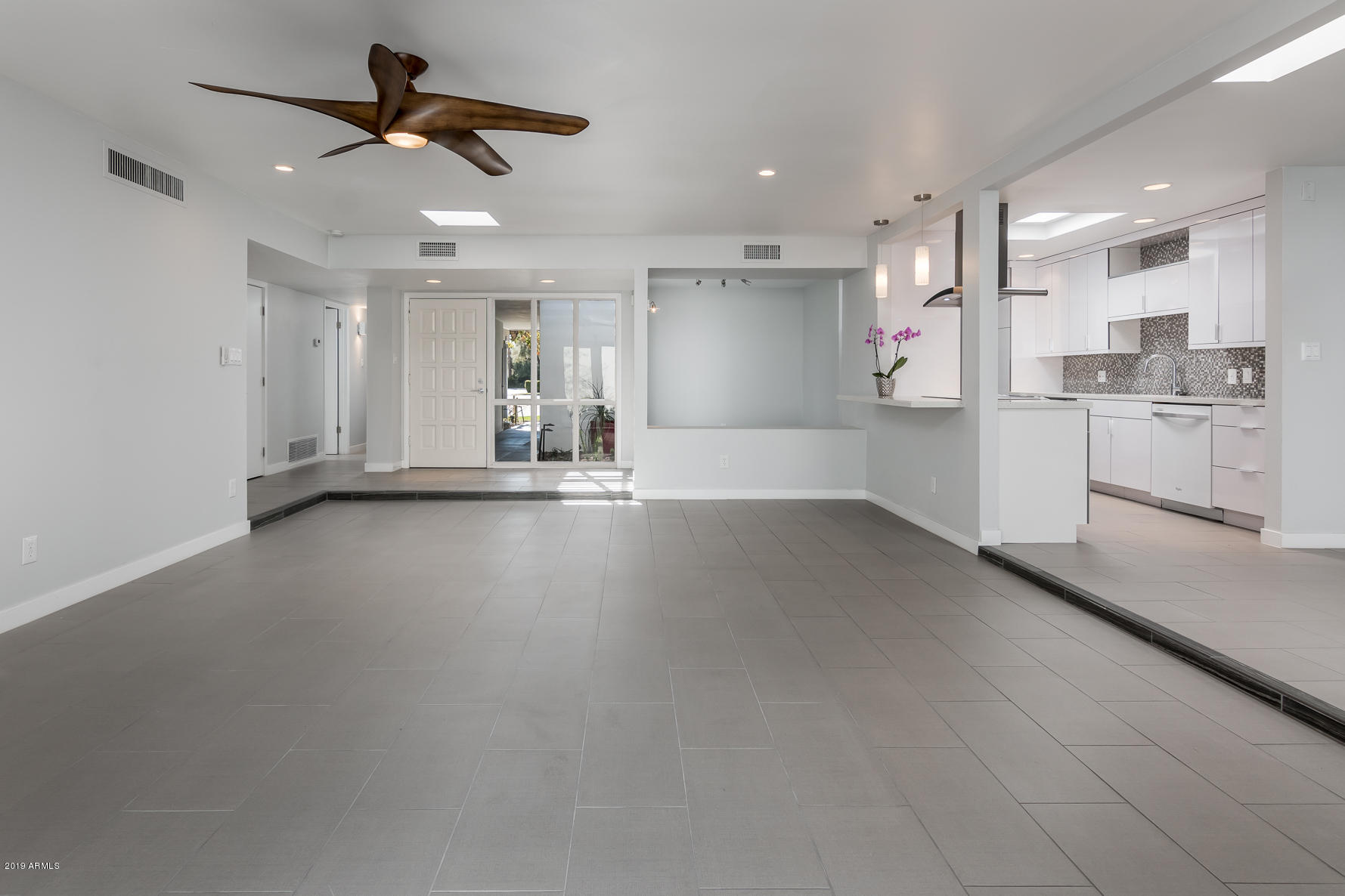Photo of 2506 E CRITTENDEN Lane, Phoenix, AZ 85016