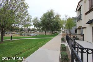 2733 S CATHERINE Drive, 102, Gilbert, AZ 85295
