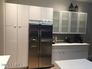 Designer - Contemporary Kitchen Cabinets