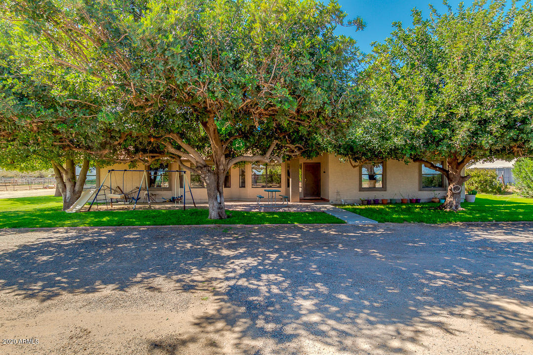 Photo of 7322 N COTTON Lane, Waddell, AZ 85355