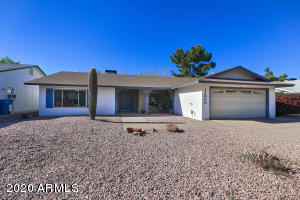 Property for sale at 11040 S Tomah Street, Phoenix,  Arizona 85044