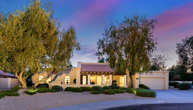 Photo of 8101 E DEL ACERO Drive, Scottsdale, AZ 85258