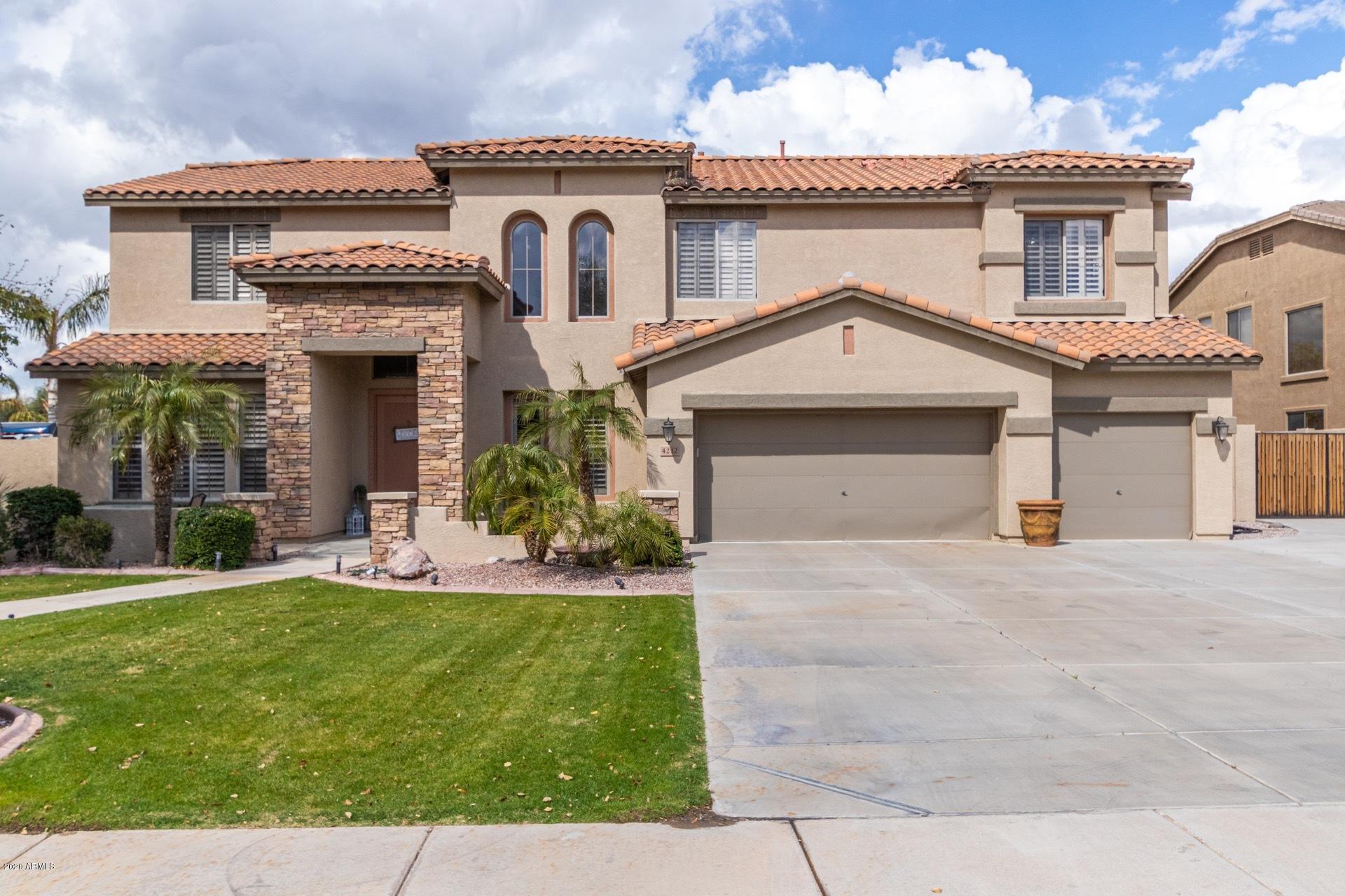 Photo of 4212 E LAFAYETTE Avenue, Gilbert, AZ 85298