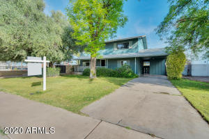 8 E PEBBLE BEACH Drive, Tempe, AZ 85282