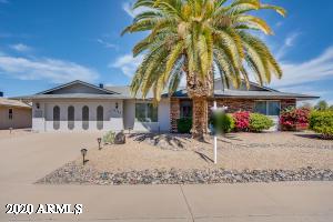 10122 W PINE SPRINGS Drive, Sun City, AZ 85373