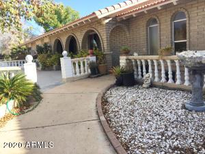 5623 N 83RD Avenue, Glendale, AZ 85303