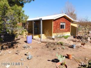 5611 N Kings Highway, Douglas, AZ 85607