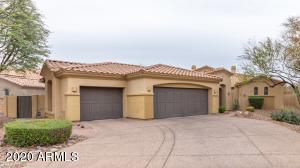 744 E COUNTY DOWN Drive, Chandler, AZ 85249
