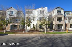 1723 E DOGWOOD Lane, Gilbert, AZ 85295