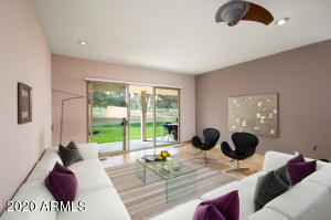 Spacious family/great room area