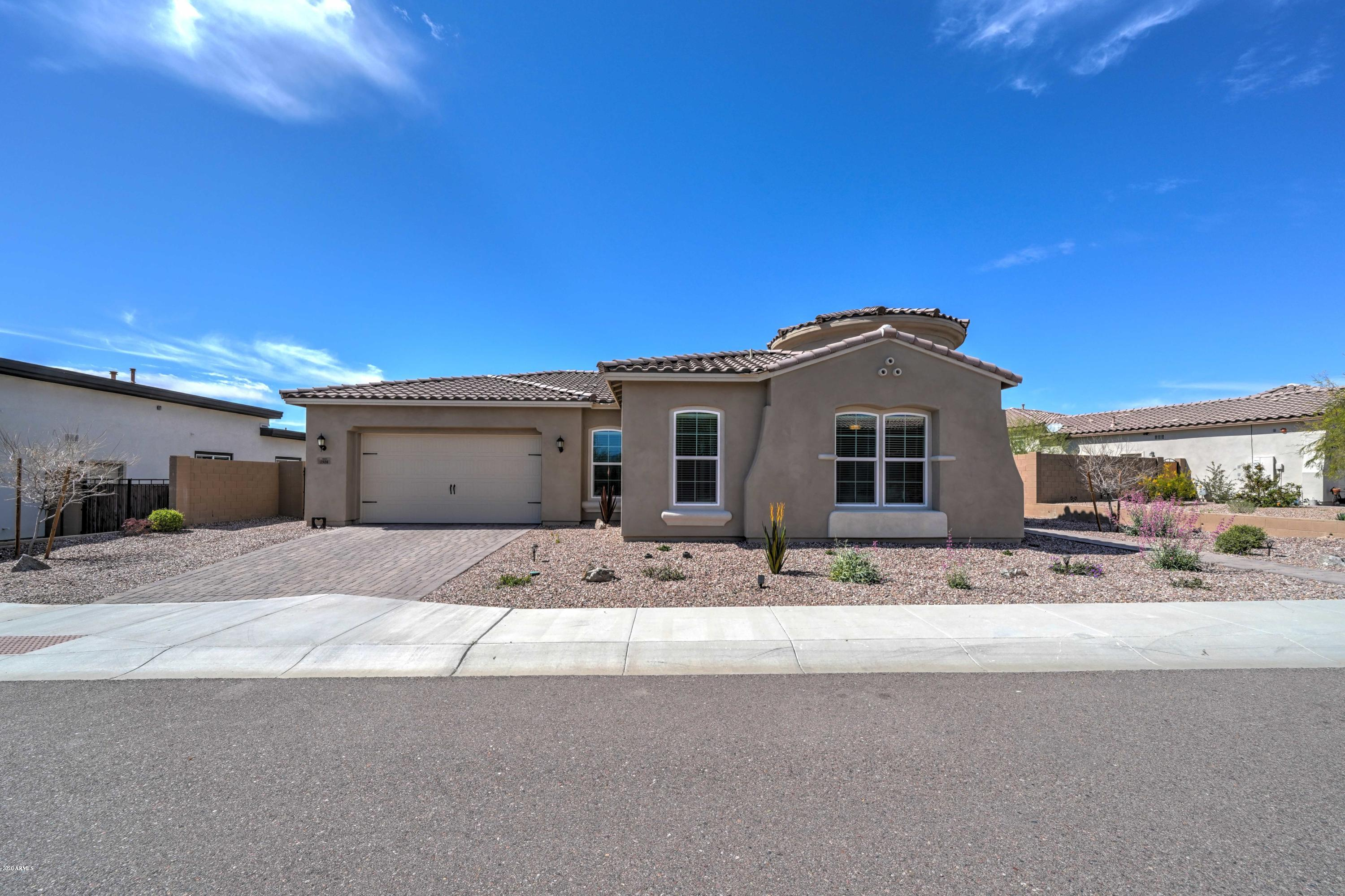 Photo of 1928 N 98TH Place, Mesa, AZ 85207