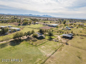 42086 N COYOTE Road, San Tan Valley, AZ 85140