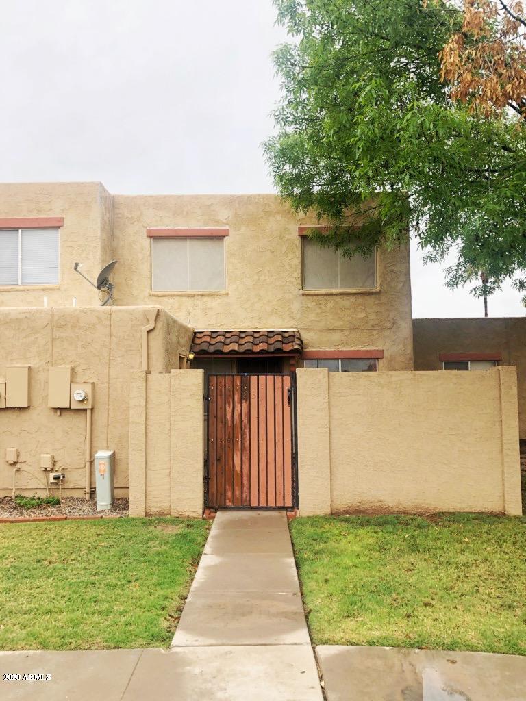 Photo of 948 S ALMA SCHOOL Road #83, Mesa, AZ 85210