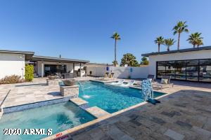 6725 E CLINTON Street, Scottsdale, AZ 85254