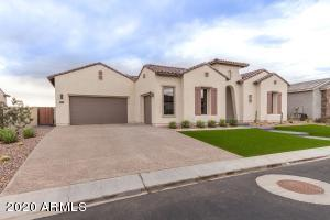 7126 S PORTLAND Avenue, Gilbert, AZ 85298