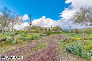 45205 N 18TH Street, New River, AZ 85087