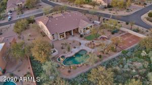 Outdoor Living Sanctuary in the Serene North Scottsdale Desert