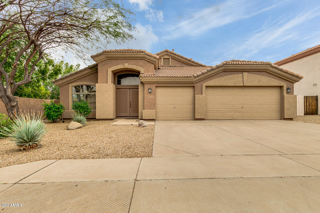 Photo of 8935 E HOBART Street, Mesa, AZ 85207
