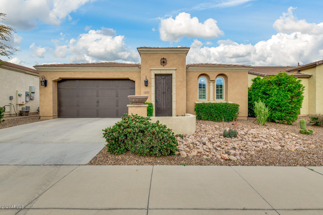 Photo of 821 E VESPER Trail, San Tan Valley, AZ 85140