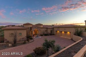 4 bedrooms, 5.5 bathrooms, 4 car garage, pool, spa...