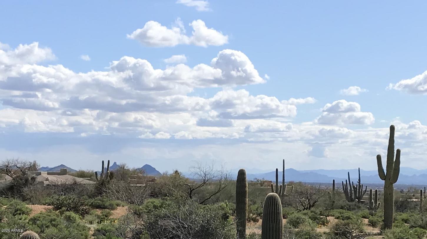 Photo of 10515 E MARIOLA Way, Scottsdale, AZ 85262