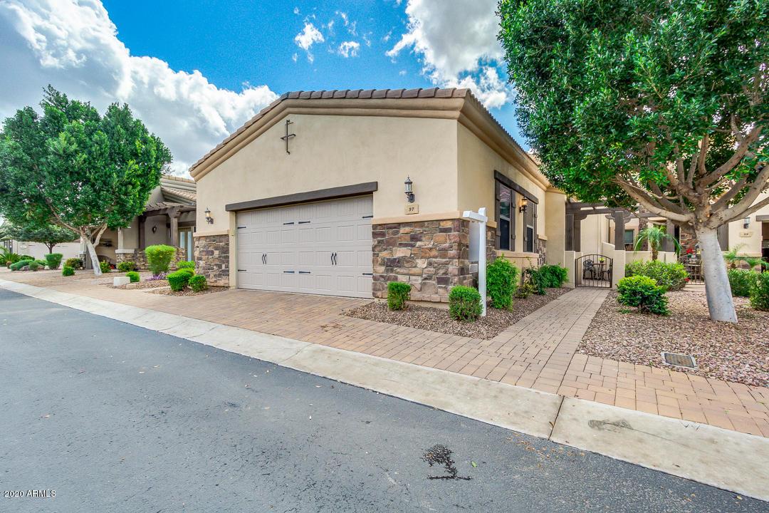 Photo of 6202 E MCKELLIPS Road #97, Mesa, AZ 85215