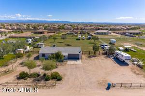 28213 N HOLLY Road, San Tan Valley, AZ 85143