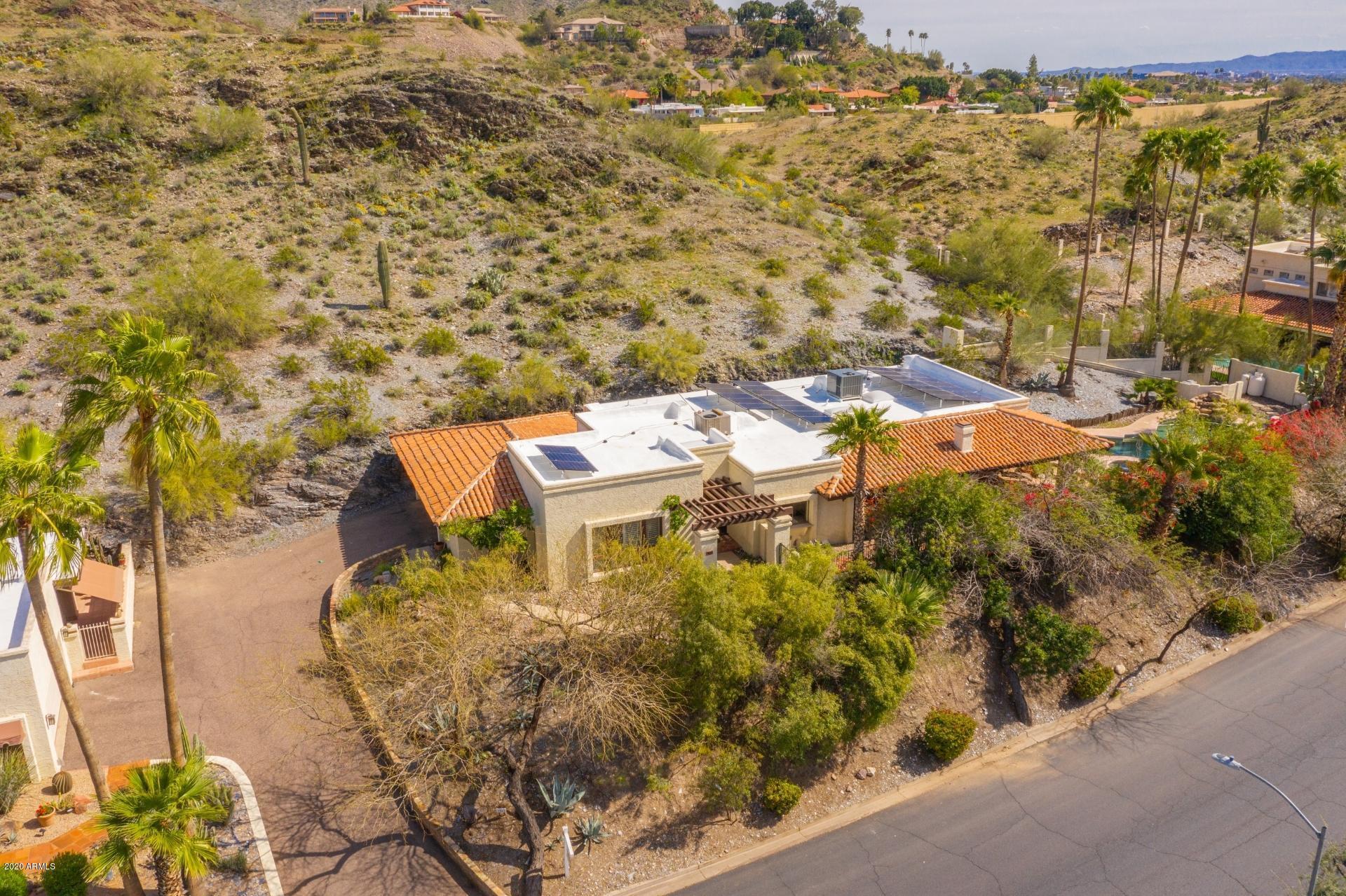 Photo of 7827 N DREAMY DRAW Drive, Phoenix, AZ 85020