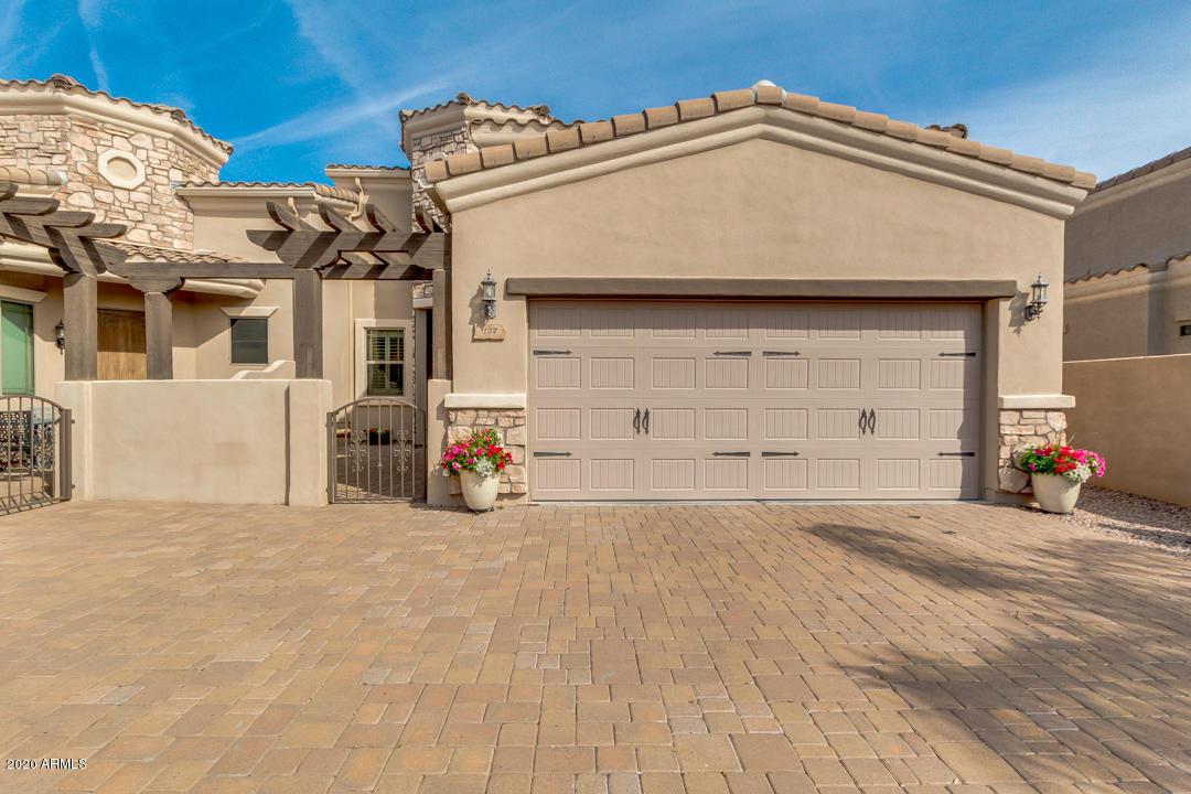 Photo of 6202 E MCKELLIPS Road #157, Mesa, AZ 85215