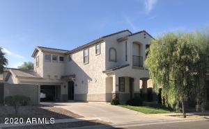 4198 S SOBOBA Street, Gilbert, AZ 85297
