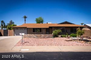 11666 N DESERT HILLS Drive, Sun City, AZ 85351