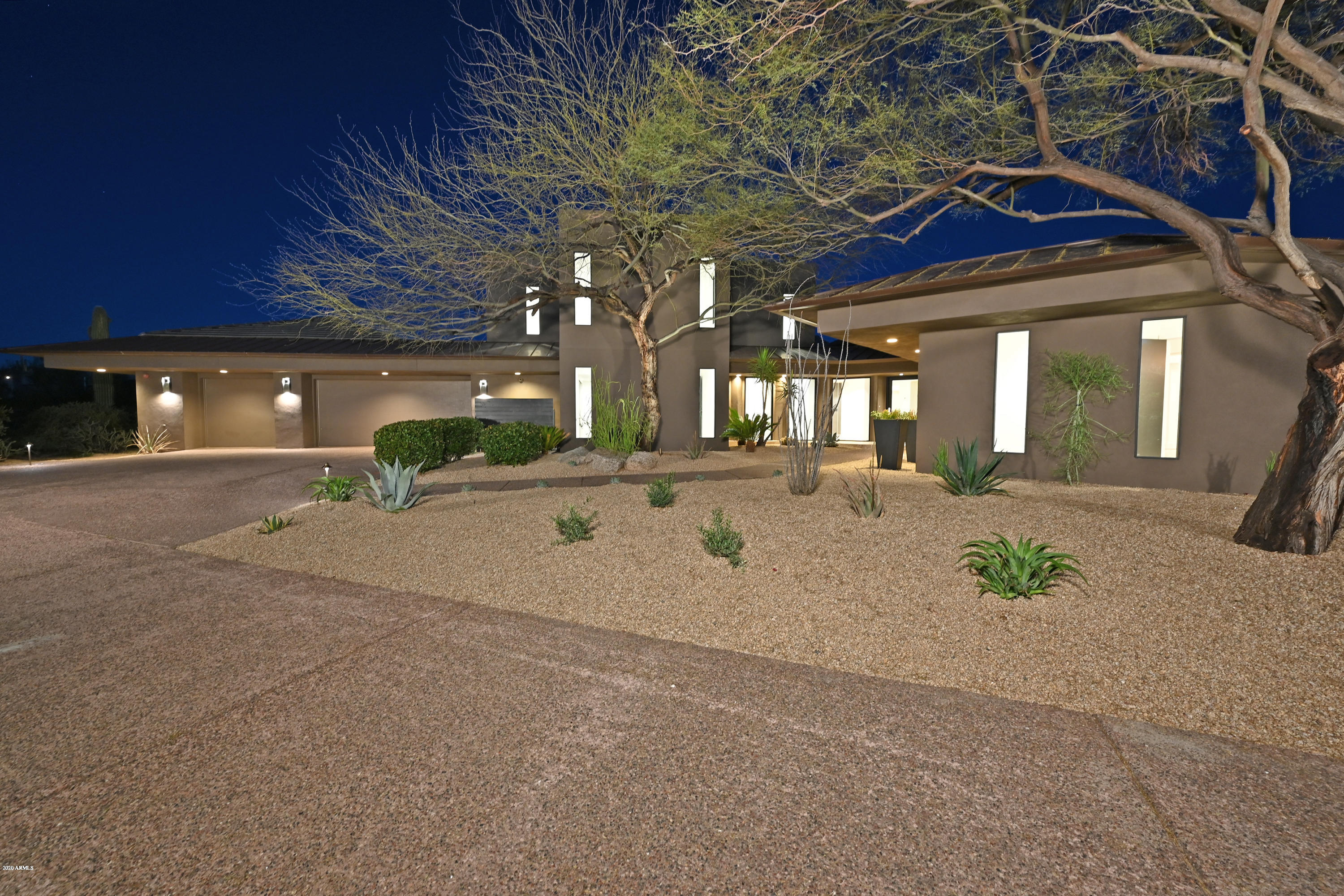 Photo of 10040 E HAPPY VALLEY Road #626, Scottsdale, AZ 85255