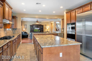 3800 E Old Stone Circle S, Chandler, AZ 85249