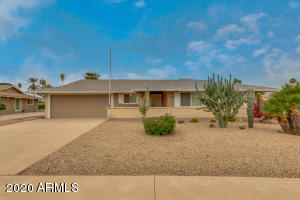 10457 W WININGER Circle, Sun City, AZ 85351