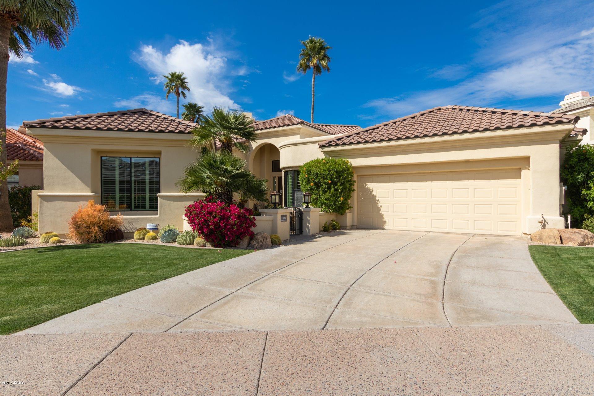 Photo of 11748 E DEL TIMBRE Drive, Scottsdale, AZ 85259