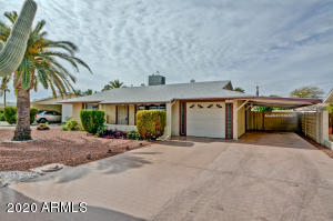 11216 N MADISON Drive, Sun City, AZ 85351