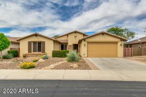 696 W YELLOW WOOD Avenue, San Tan Valley, AZ 85140