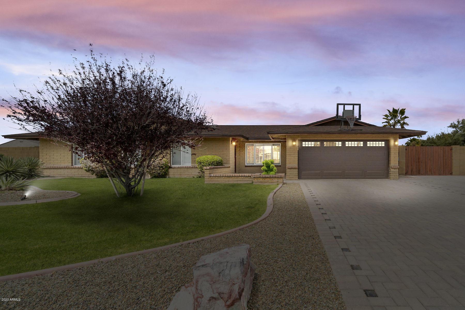 Photo of 4402 E Aire Libre Avenue, Phoenix, AZ 85032