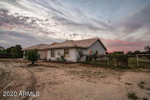 19114 E SUNNYDALE Drive, Queen Creek, AZ 85142